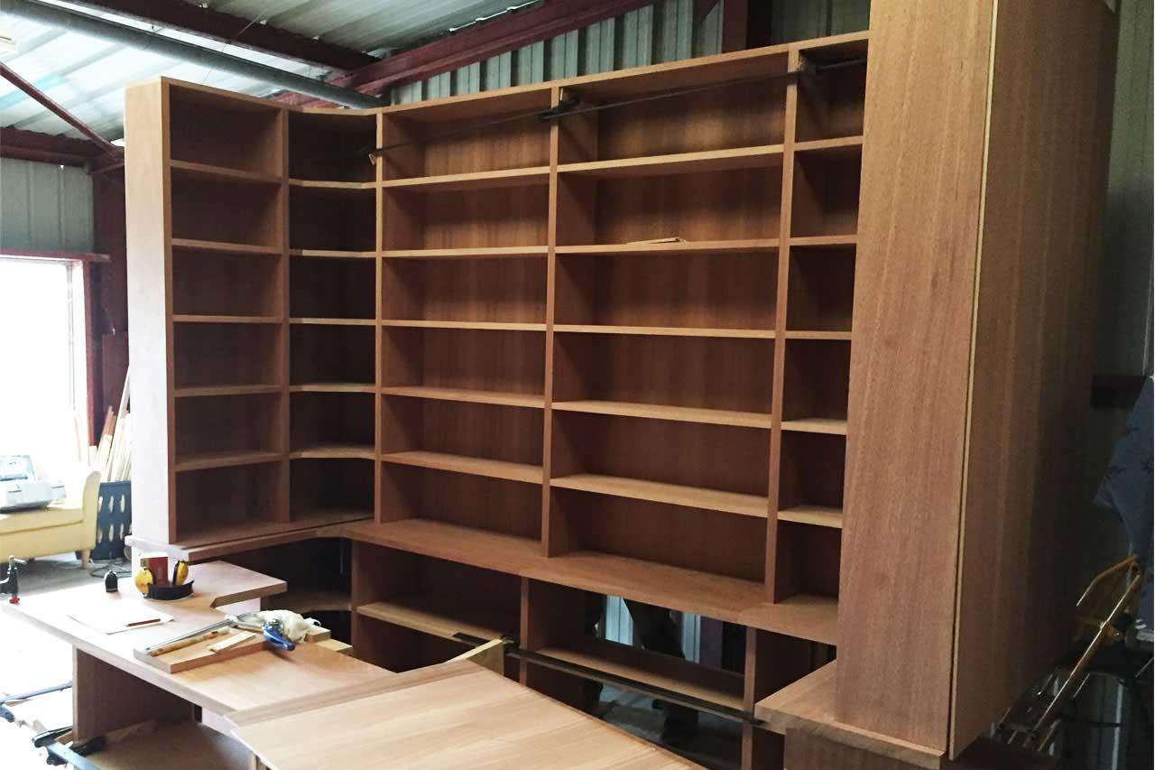 Biblioth que bois sur mesure baty 39 r le bois dans les veines for Construction en bois sur mesure